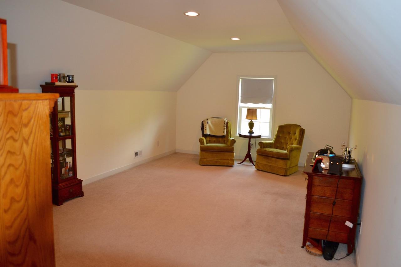 Bonus Room:Office-1.jpg