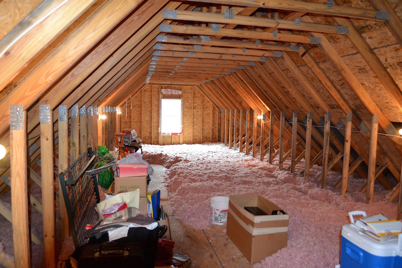 Upstairs Room to be finished.jpg