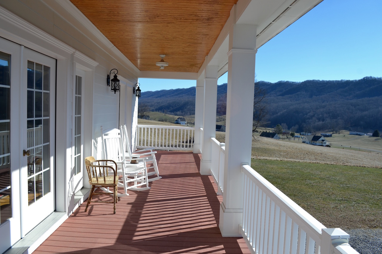 Upper Level Covered Porch-1.jpg