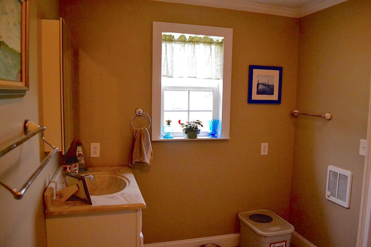 Full Bathroom 2-2.jpg