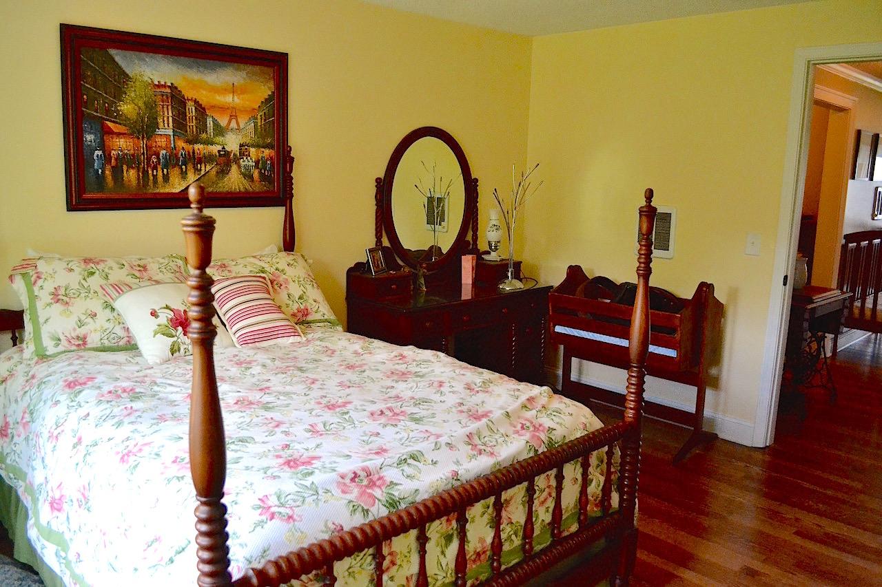 Bedroom 3-3.jpg