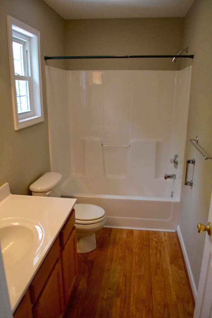 Apartment-Bathroom.jpg