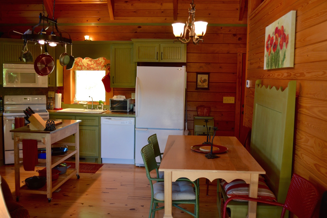 Dining Area-1.jpg