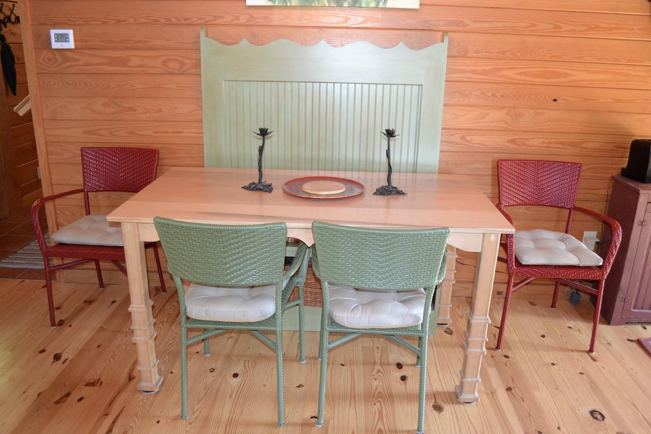 Dining Area-2.jpg