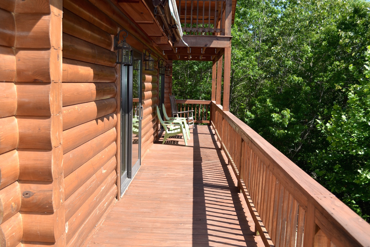 Main Level Deck-2.jpg