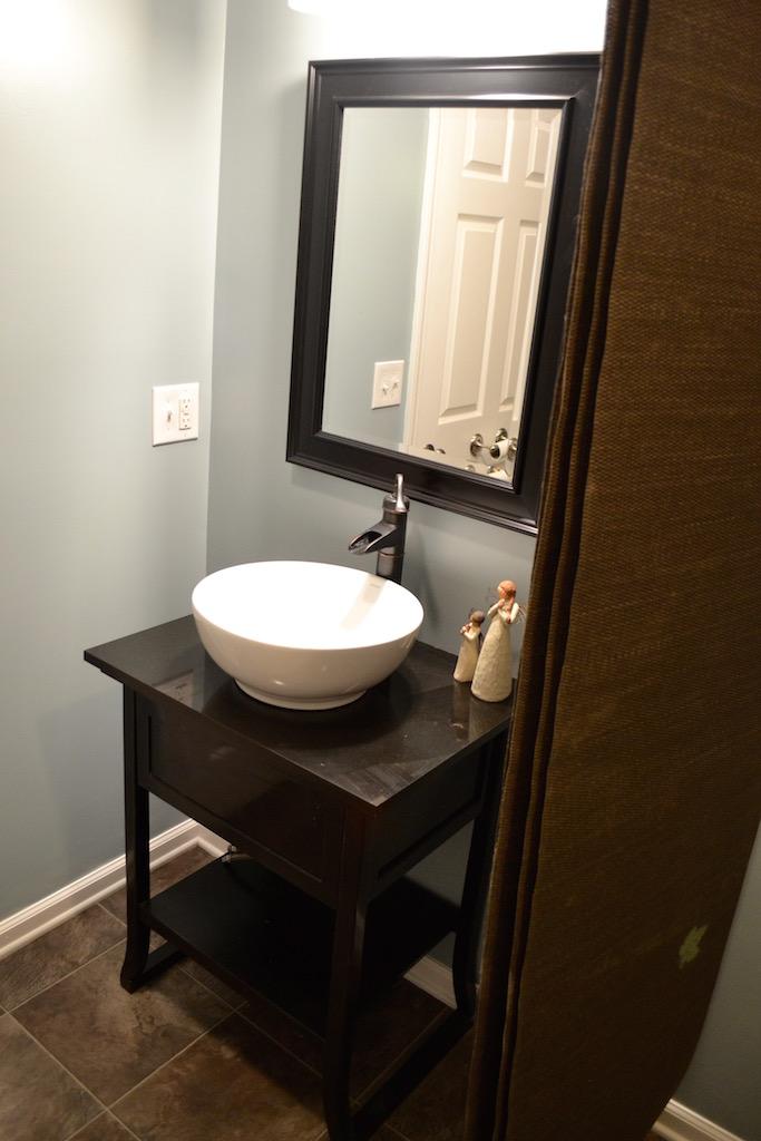 Half Bath-2.jpg