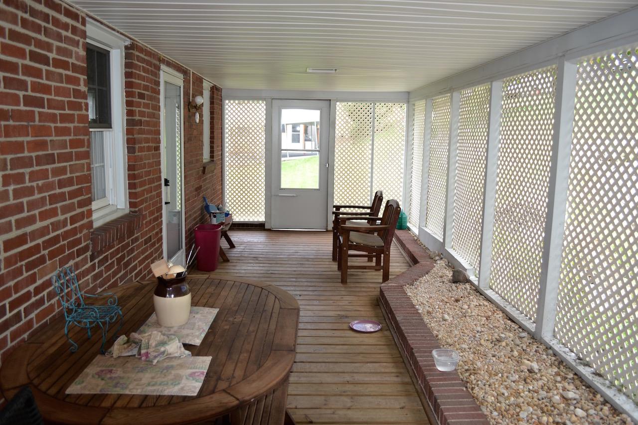 Covered Deck-2.jpg