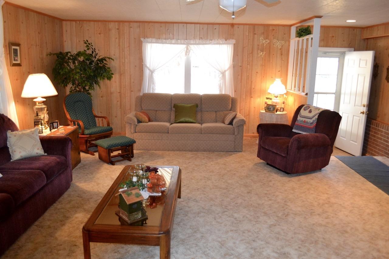 Family Room-6.jpg