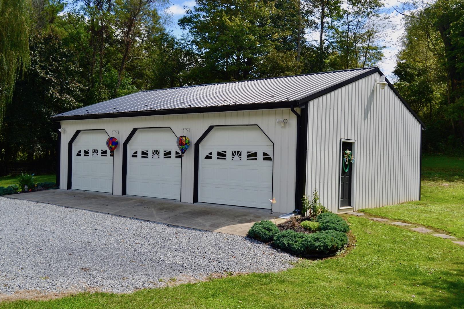 Garage 1-1.jpg