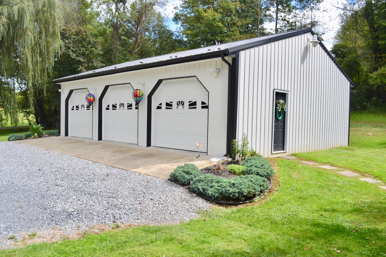 Garage 1-4.jpg