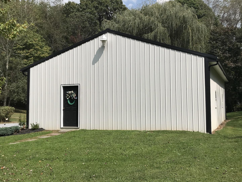 Garage 1-5.JPG