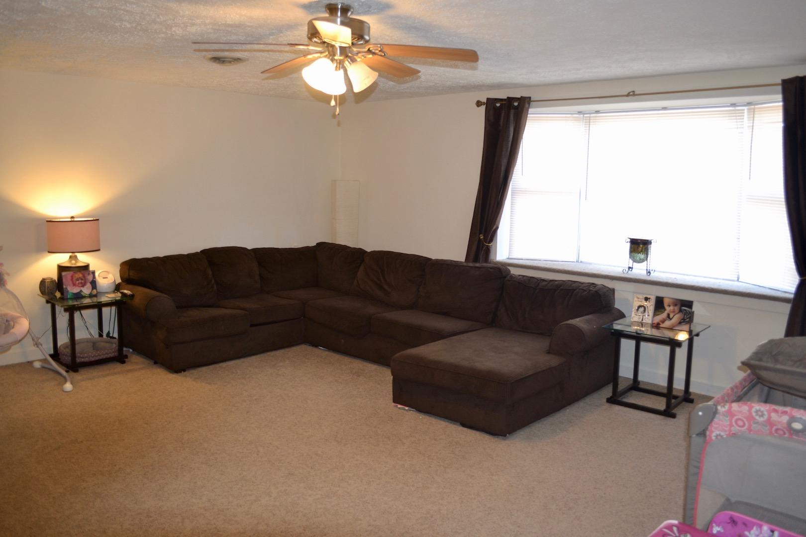 25-Upstairs-Living Room-1.jpg