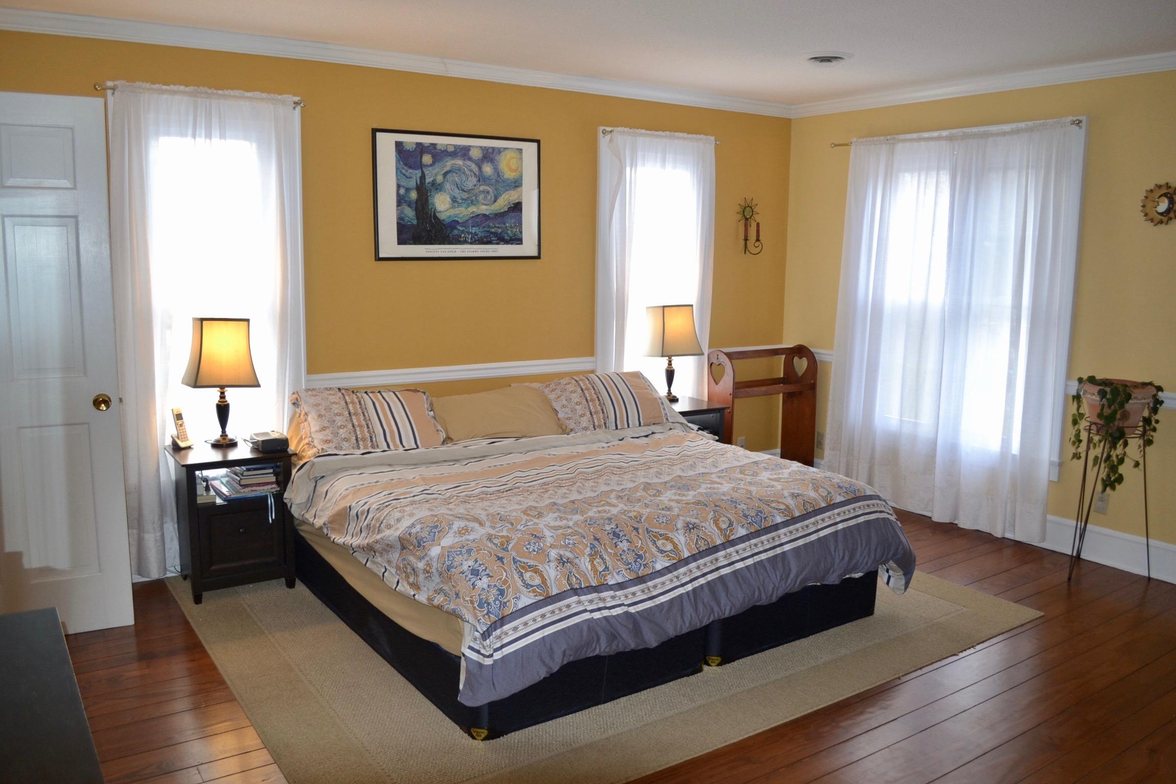 Master Bedroom-1.jpg