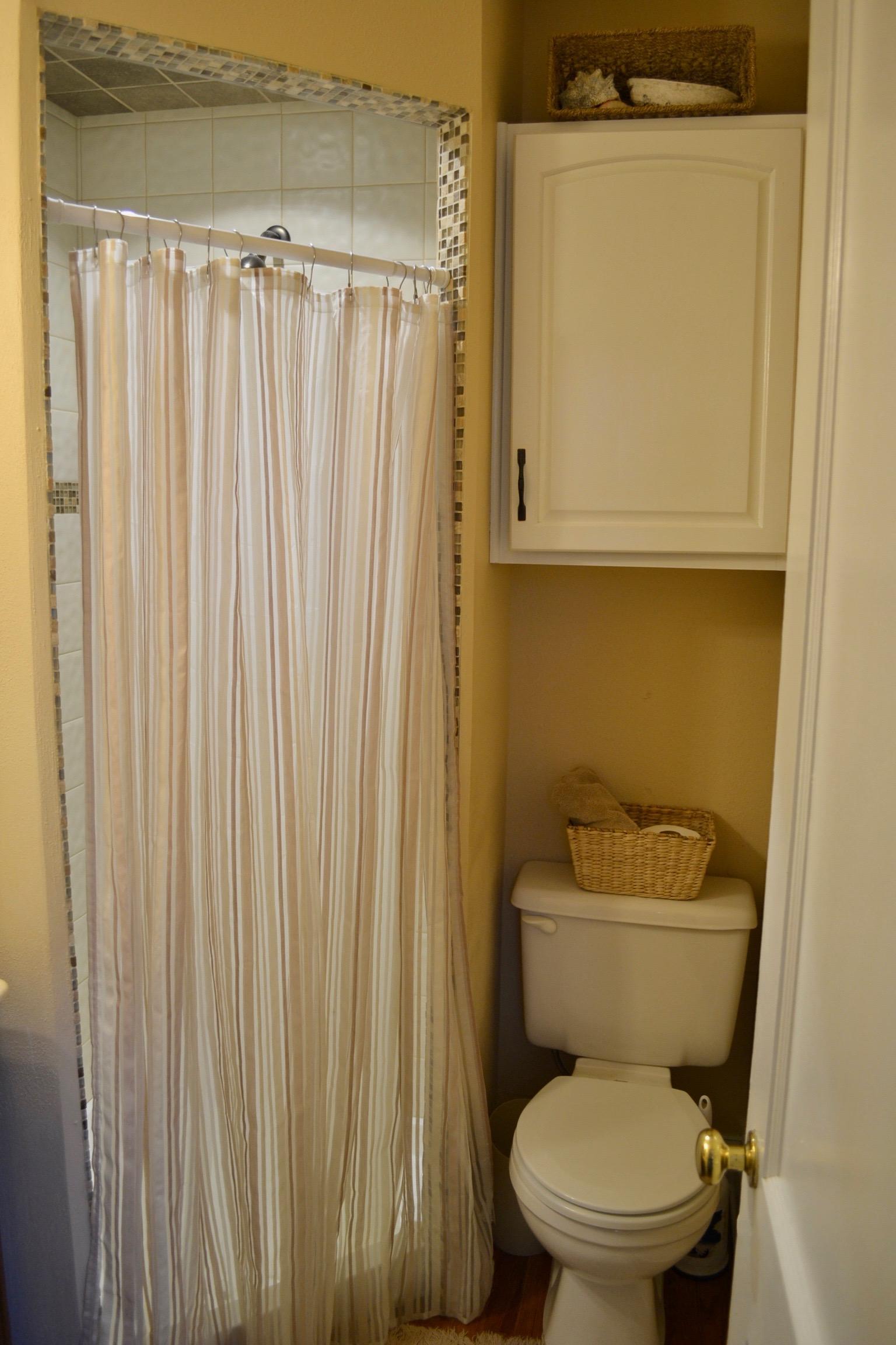 Bathroom 3-3.jpg