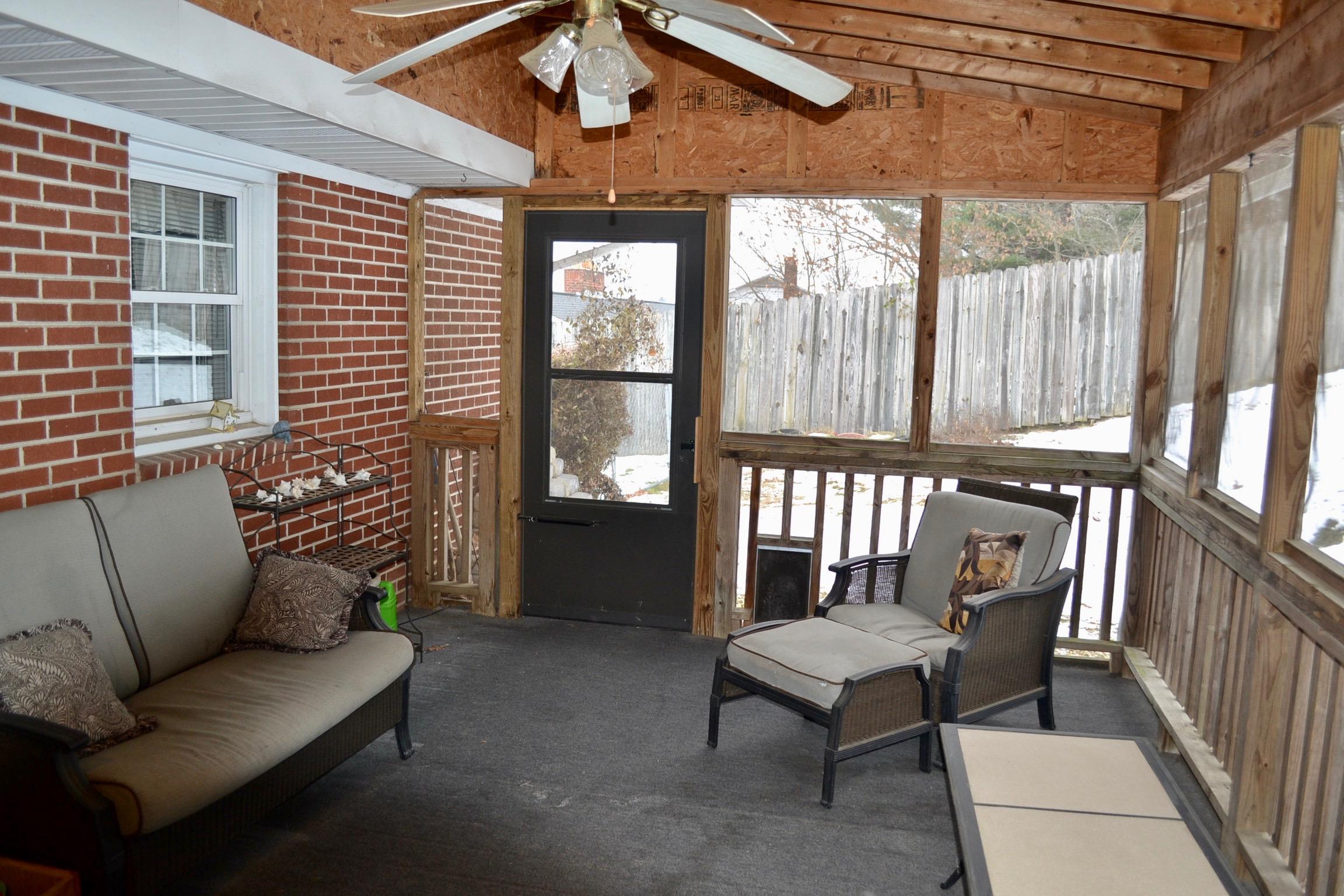 Covered Back Porch-1.jpg