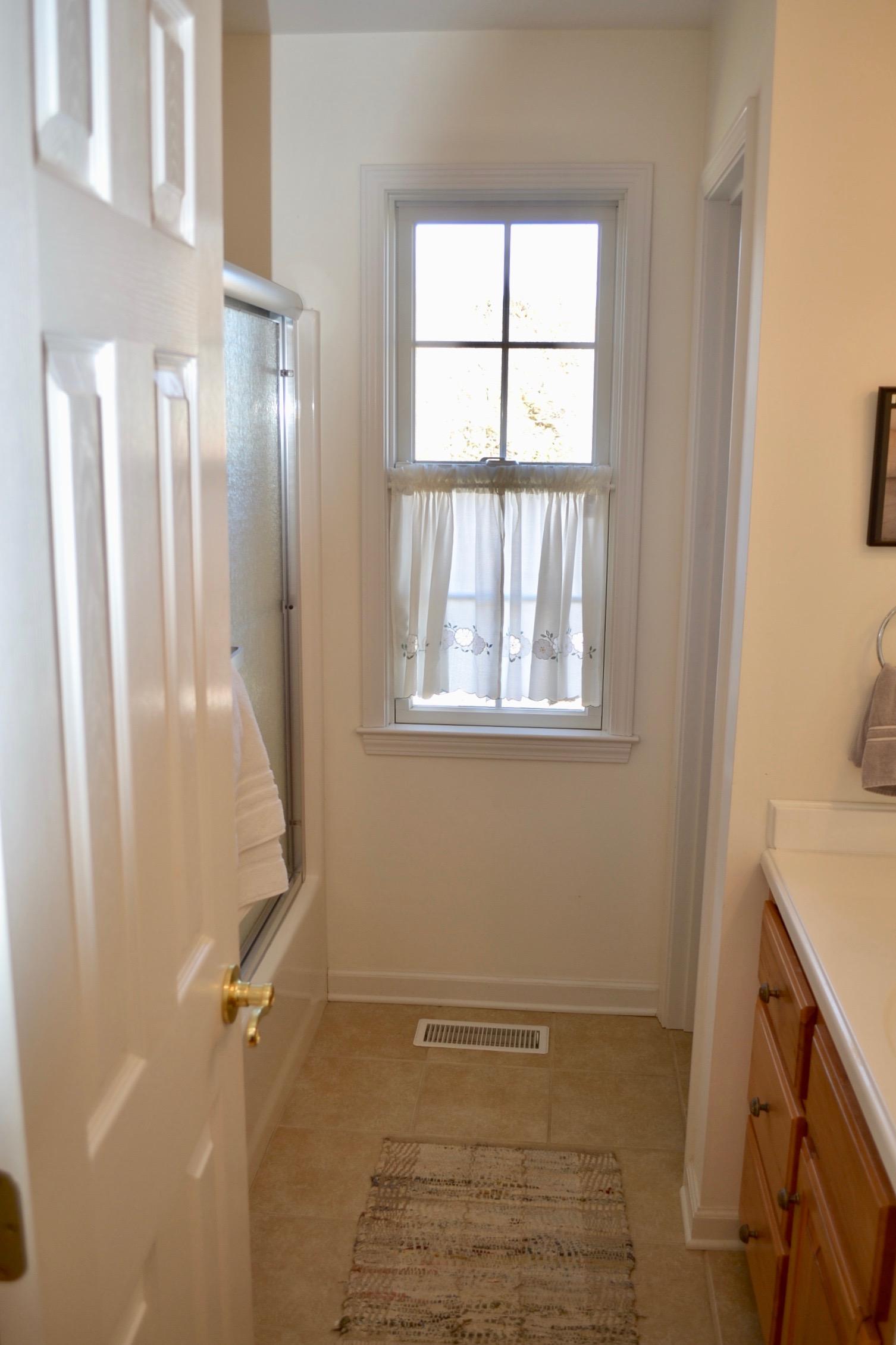 Hall Bathroom-1.jpg