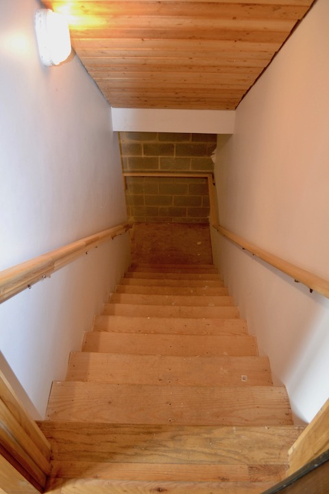 Stairs to Basement.jpg