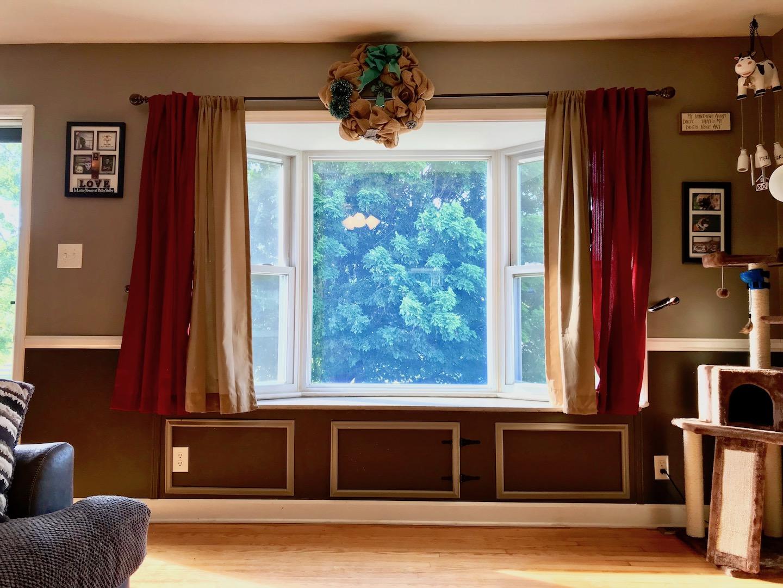 Living Room-7.jpg