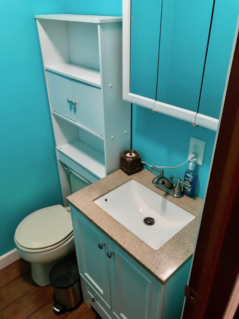 Bathroom 2-Half Bath-2.jpg