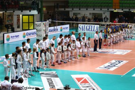 23 novembre 2014:  Gli atleti di Scherma Monza ospiti alla partita di pallavolo seria A1 Vero Volley Monza - Calzedonia Verona
