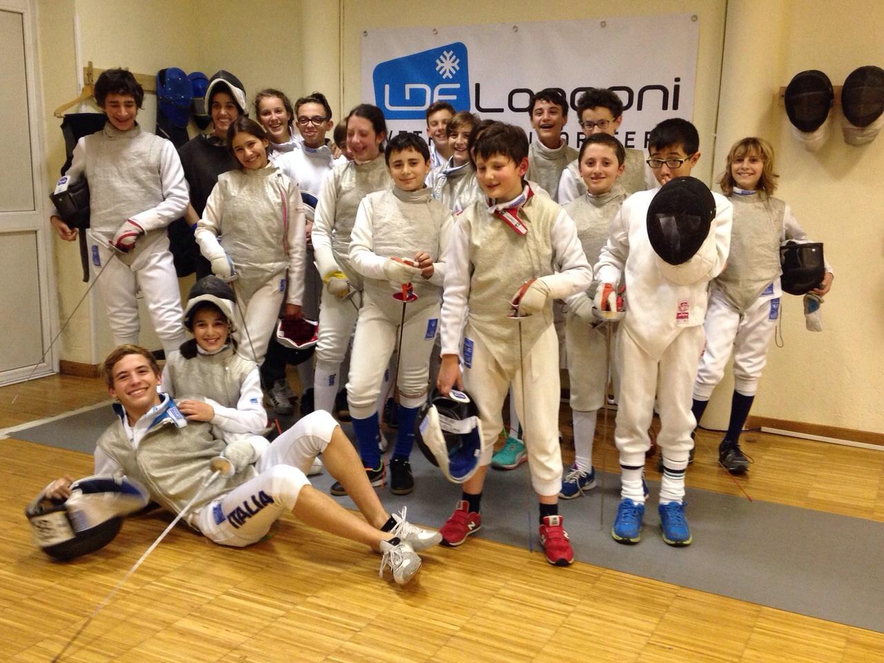 un gruppo di atleti di Scherma Monza ASD