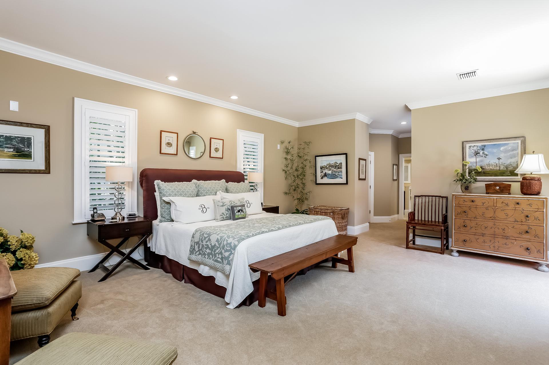 021-Master_Bedroom-2647588-medium.jpg