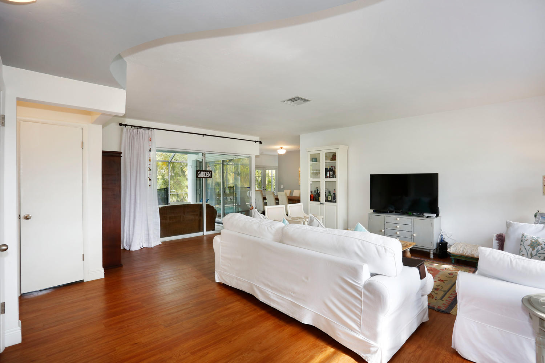 12900 SW 82nd Ct Miami FL-large-003-4-Living Room-1500x1000-72dpi.jpg