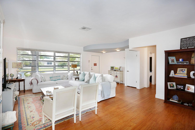 12900 SW 82nd Ct Miami FL-large-004-22-Living Room-1500x1000-72dpi.jpg