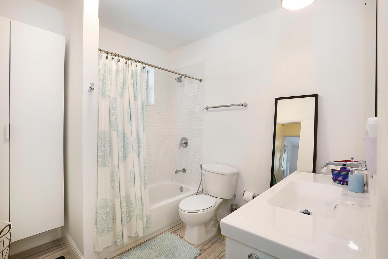 12900 SW 82nd Ct Miami FL-large-014-14-Master Bathroom-1500x1000-72dpi.jpg