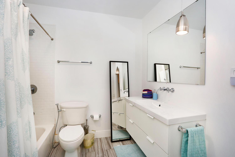 12900 SW 82nd Ct Miami FL-large-015-17-Master Bathroom-1500x1000-72dpi.jpg