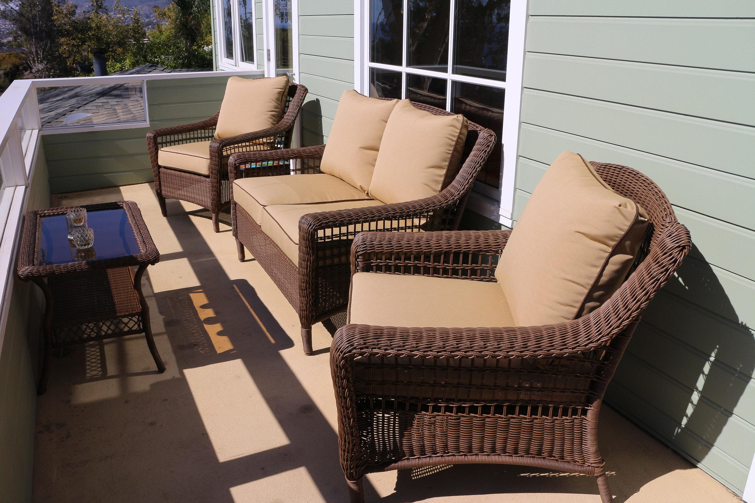 Cushions-6 a.jpg
