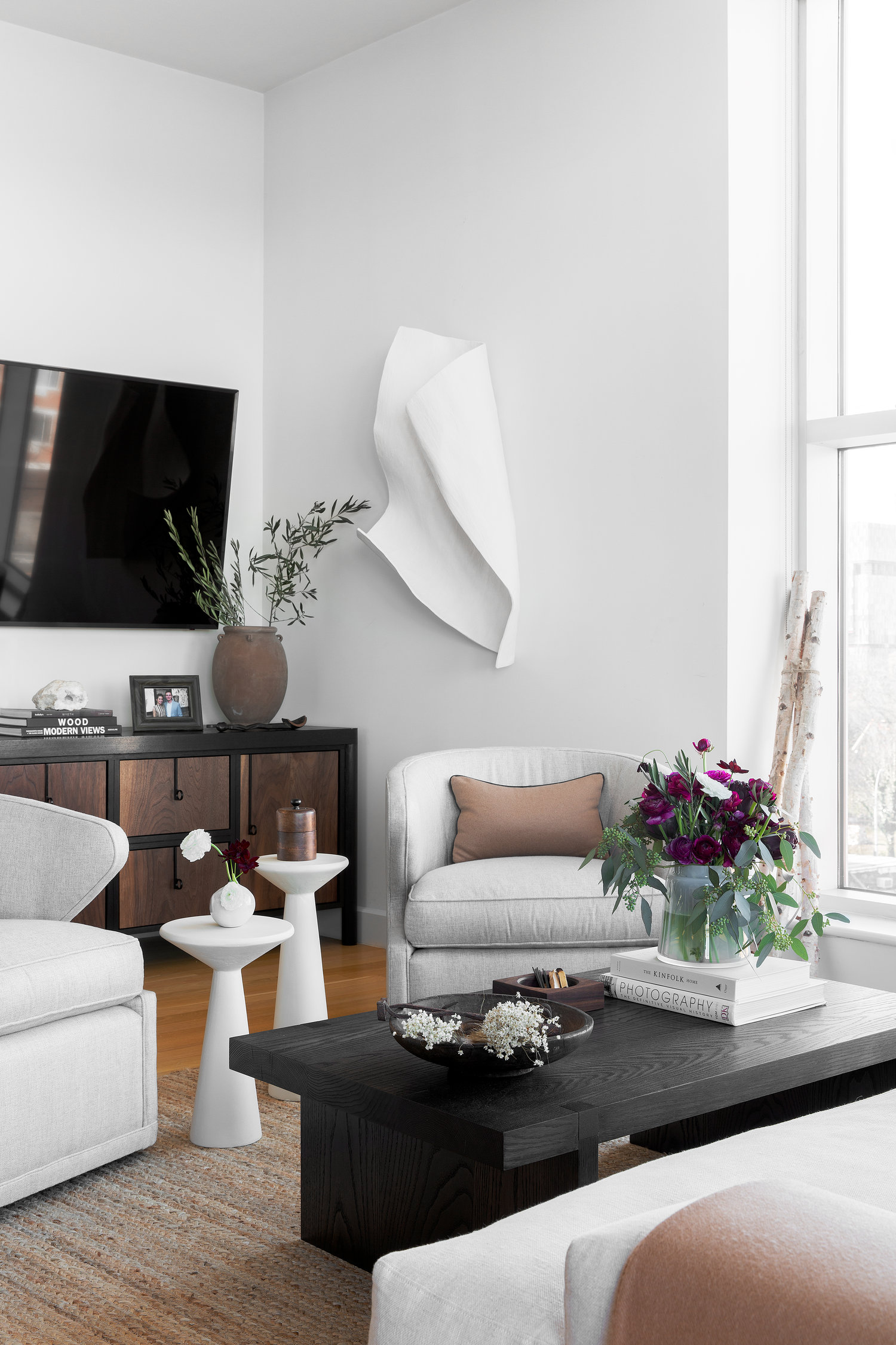 Long Island City Flat   Elle Decor Home Tour April 2019