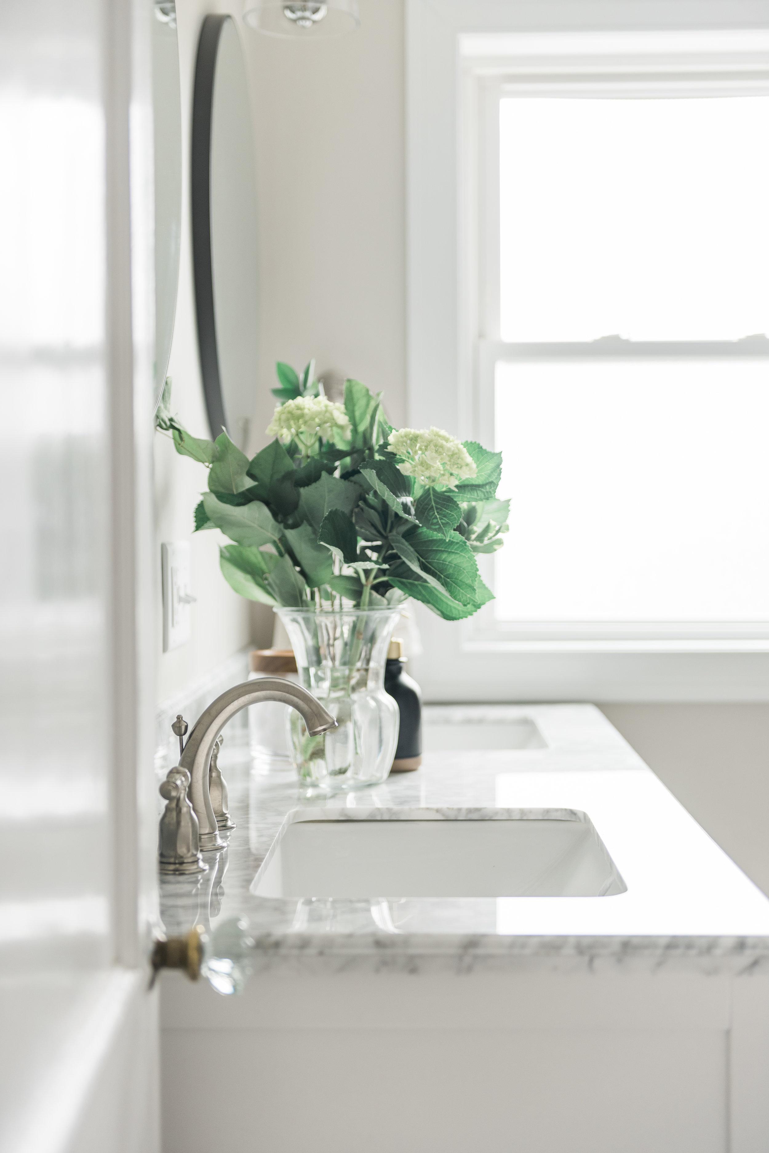 Bathroom-0006.jpg