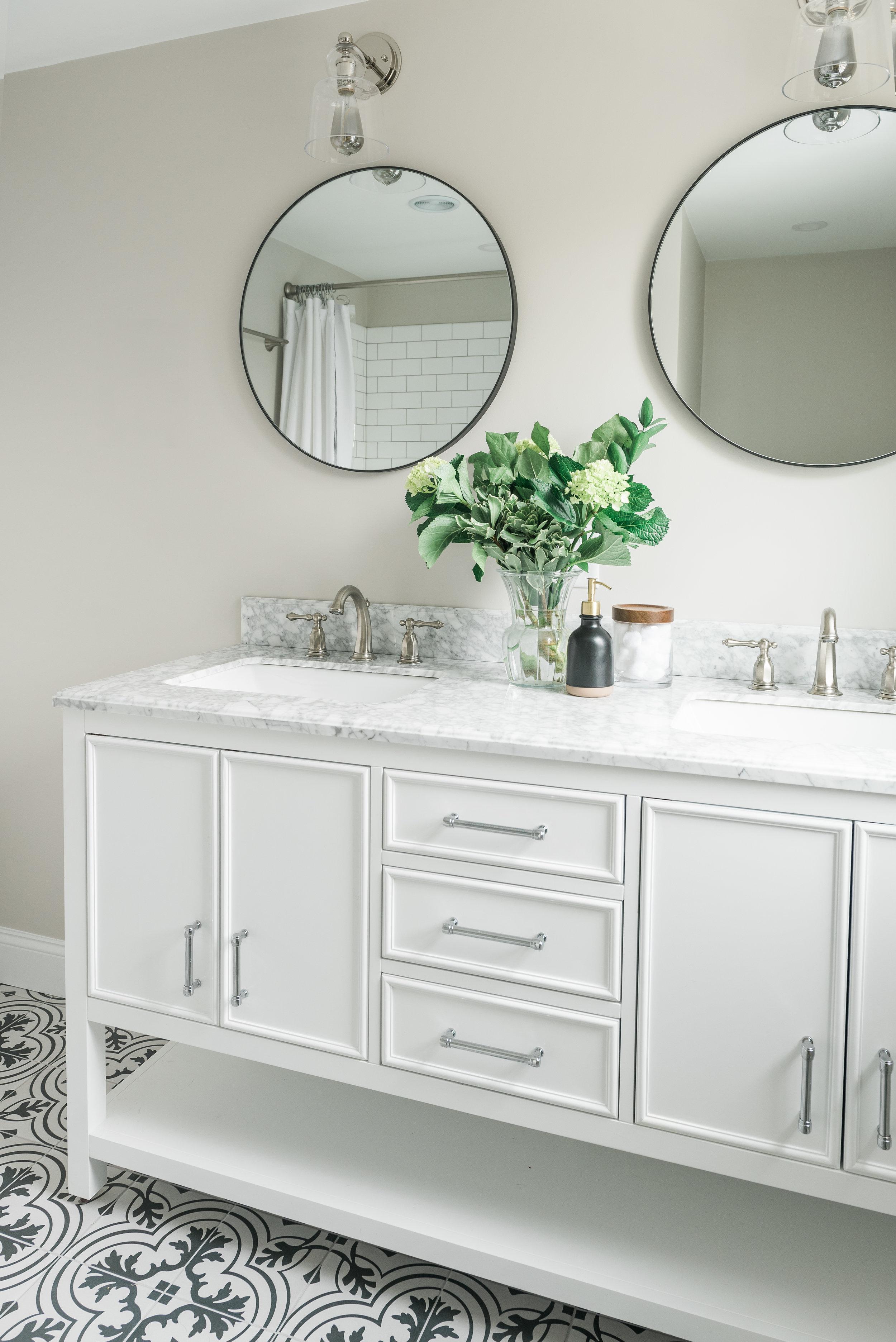 Bathroom-0009.jpg