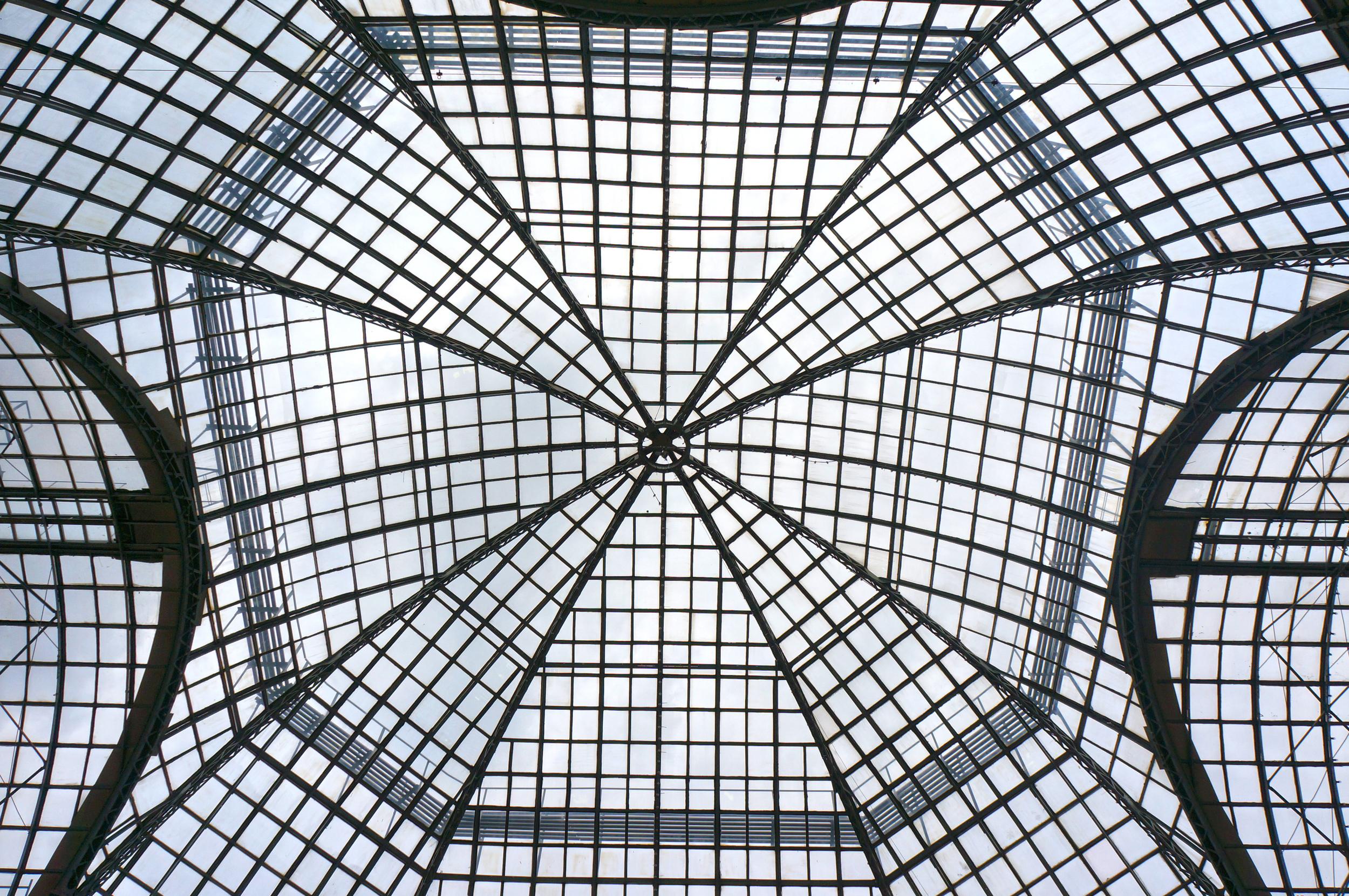 Triton Glass Home Image 4