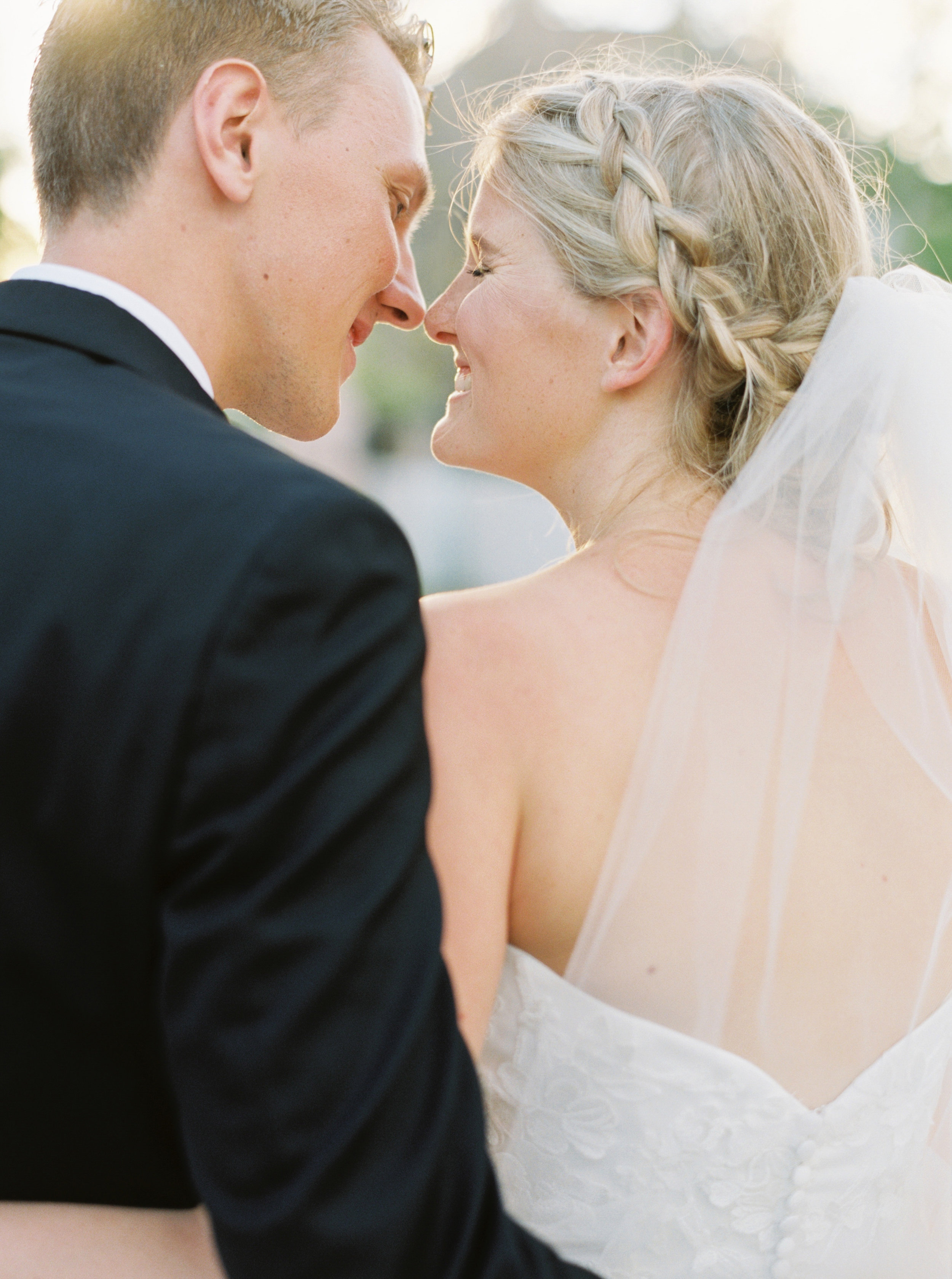 Emily&Fredrik_juliecate-444.jpg