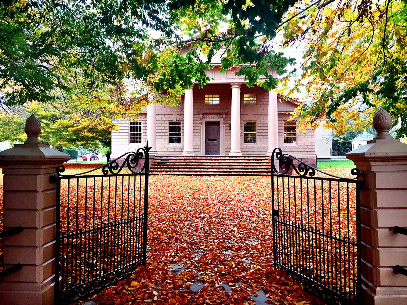 Redwood Library-Cliff Notes-The Chanler.jpg