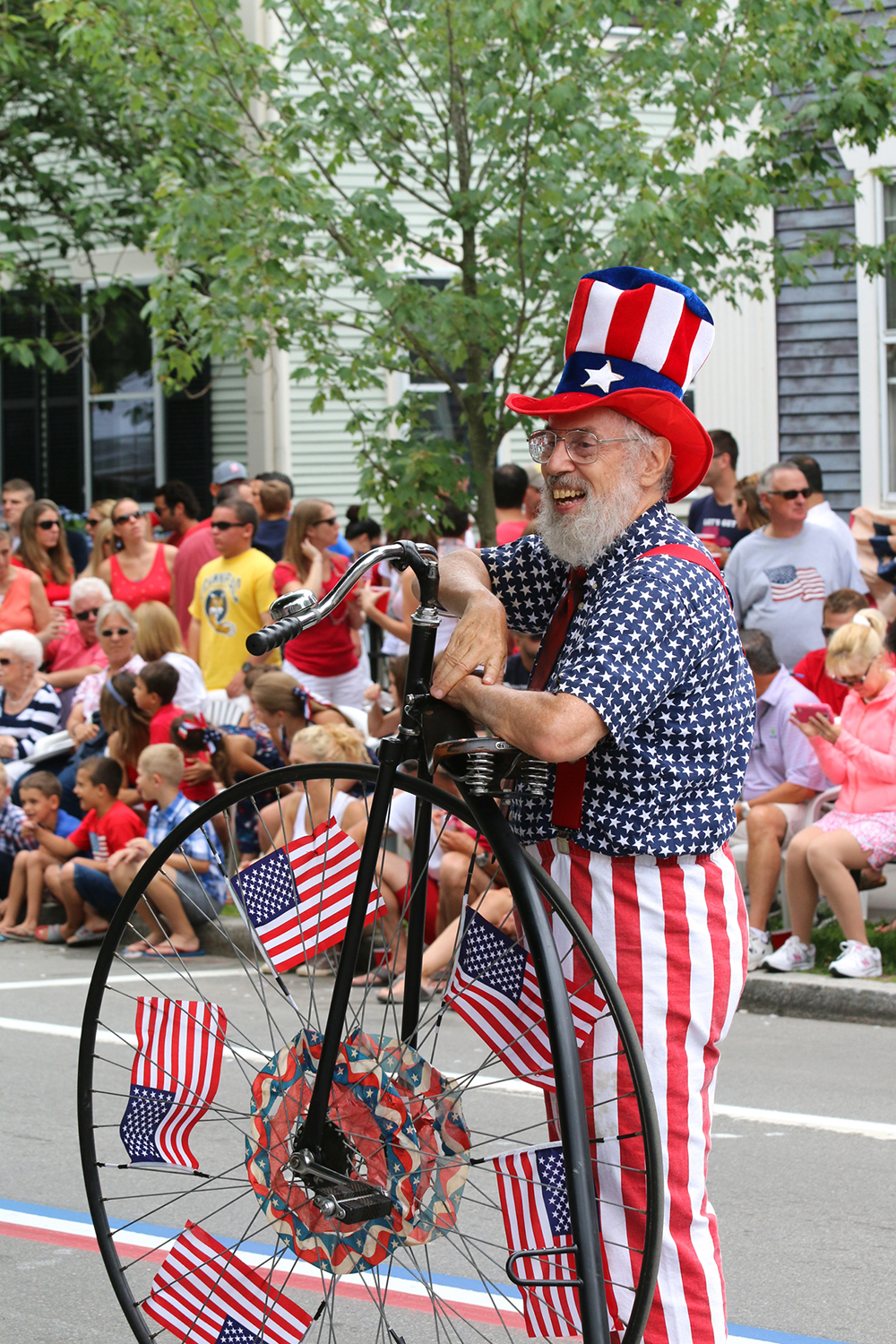 Bristol 4th of July Parade-Cliff Notes-The Chanler.jpg
