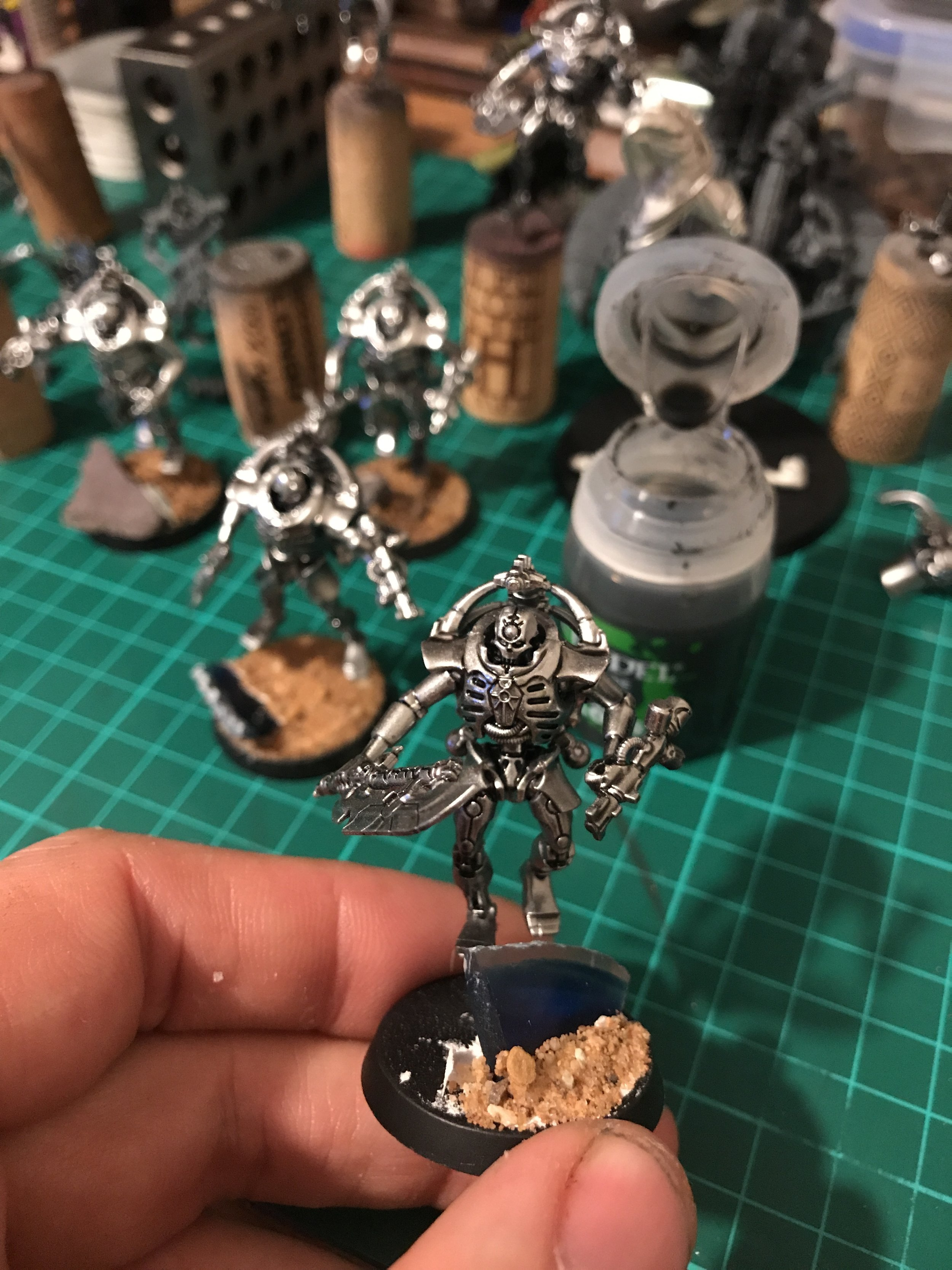 Nuln Oil brings out the contrast