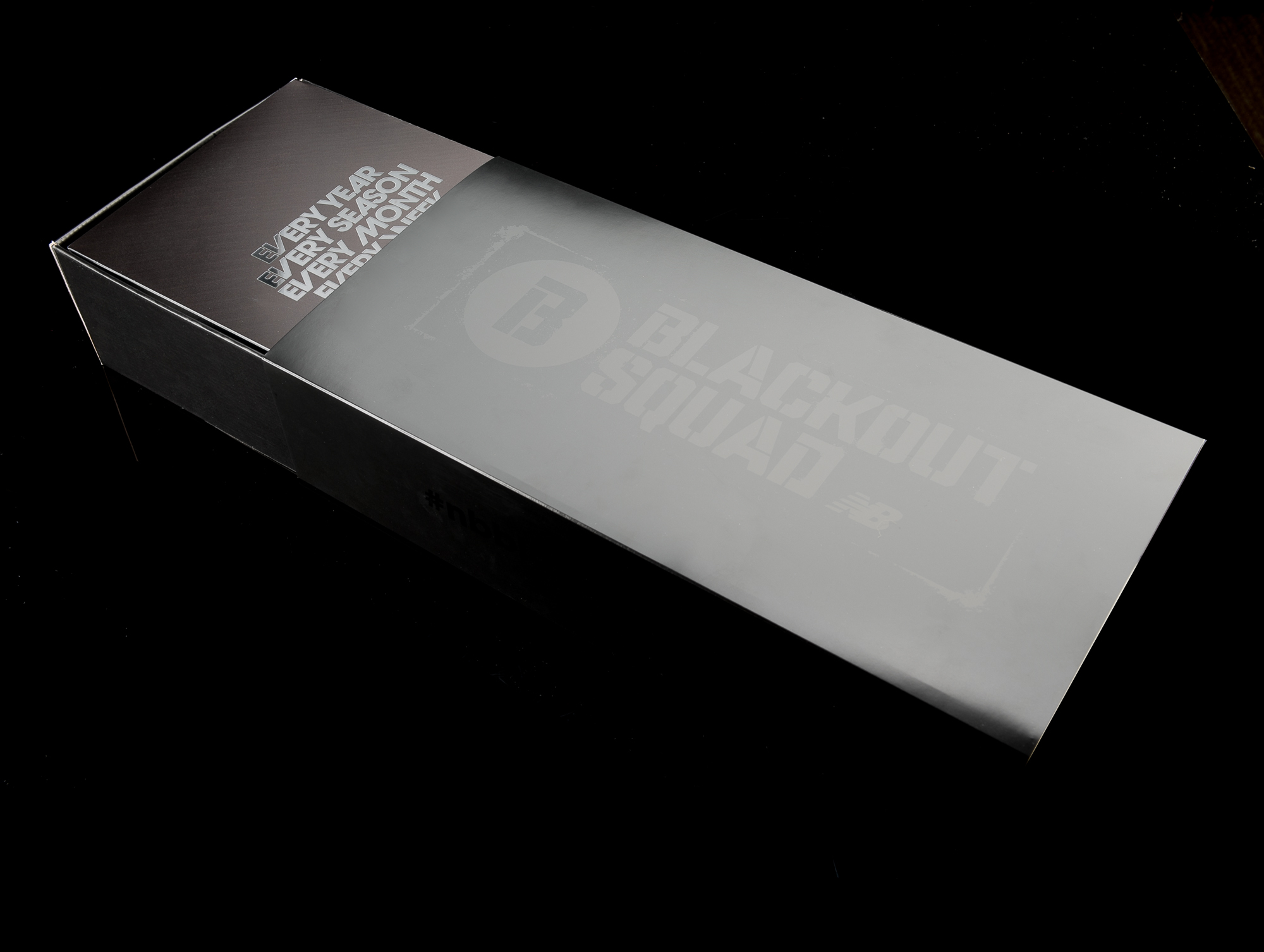 BlackOutSquadBox05-2.jpg
