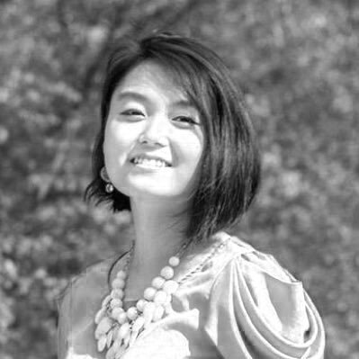 Yuxi Lin - is a Chinese-American poet living in New York. Her writing has appeared or is forthcoming in The Washington Post, Spilled Milk, Cosmonauts Avenue, The Southern Review, and Tinderbox Poetry Journal. She graduated from Davidson College and is currently an MFA candidate at New York University, where she received the Lillian Vernon Fellowship.