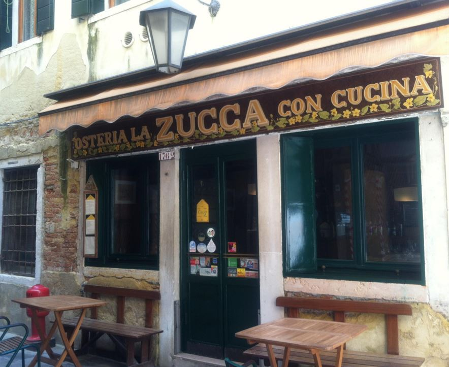 LA ZUCCA   For vegetarian lovers! Fresh vegetables dishes made with natural ingredients.