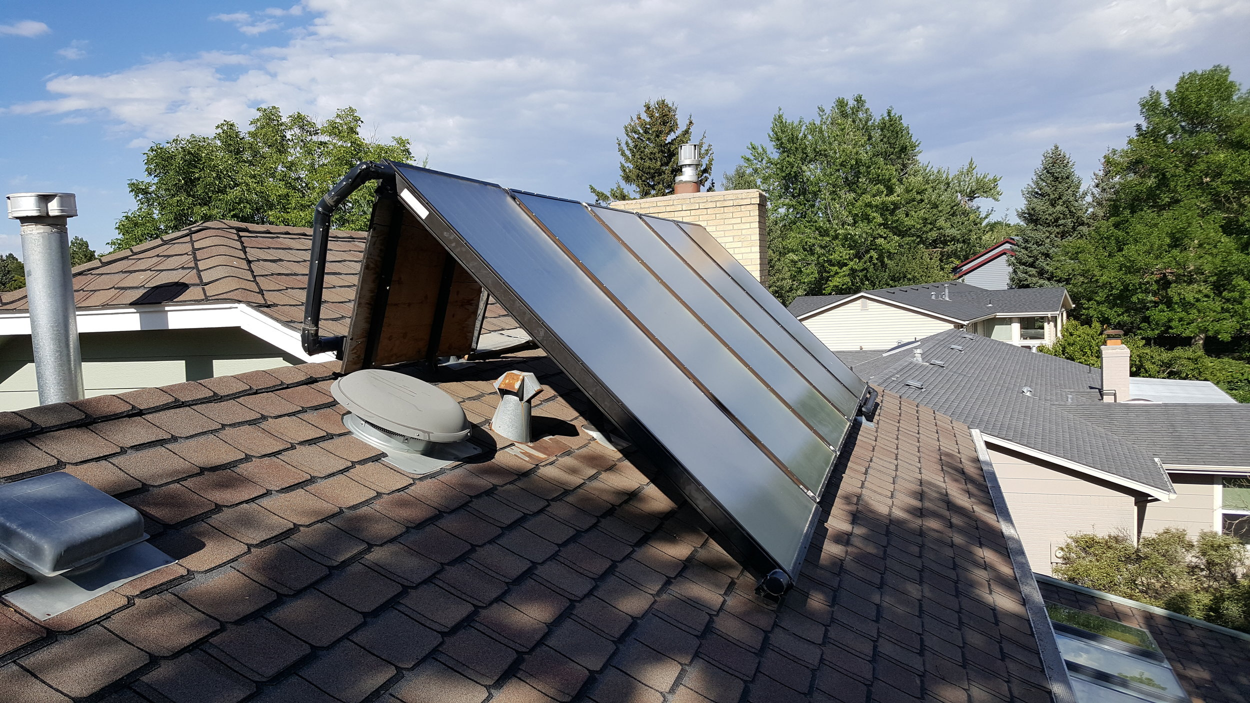 Tilt up solar hot water system in Boulder, Colorado