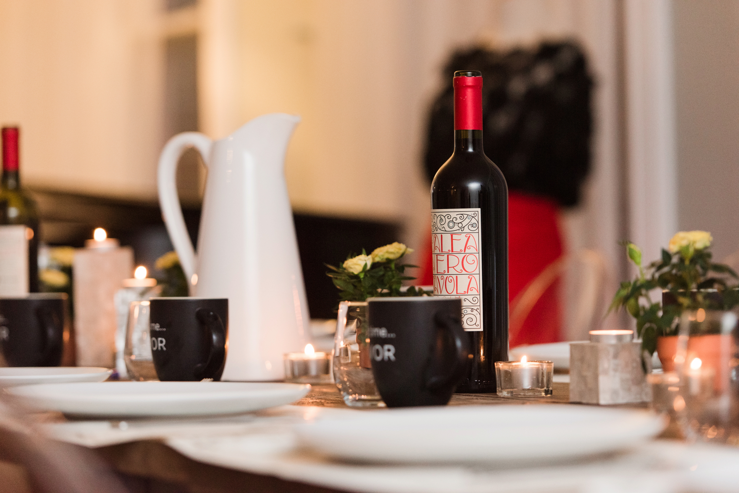 dinner party_wine.jpg