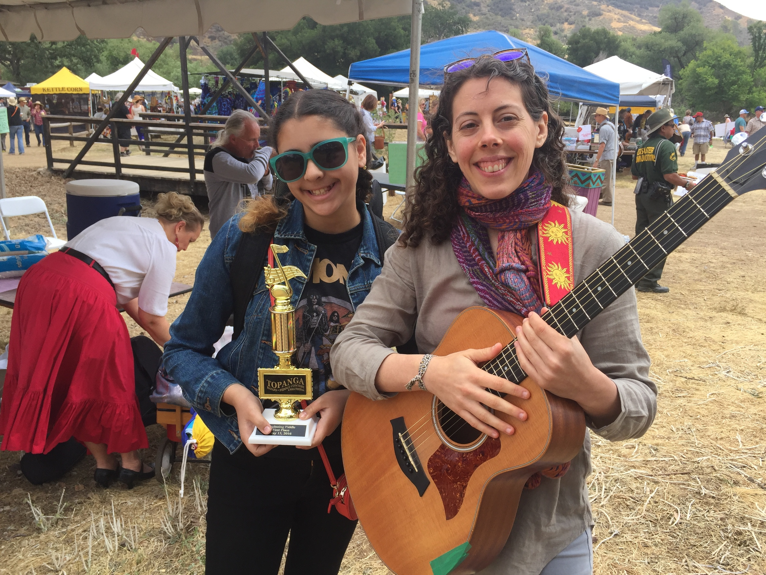 Student Sophie won 1st place in Beginning Fiddle at the 2016 Topanga Banjo Fiddle Contest.