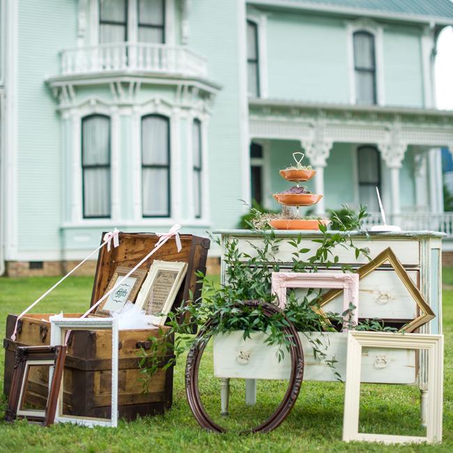 Travis & Allison's Collected + Layered Vintage Wedding