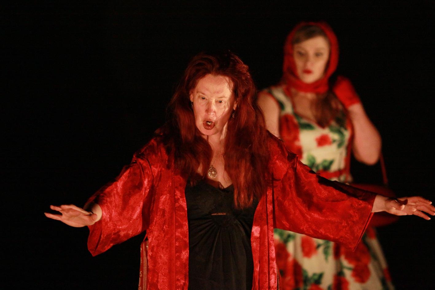 Jennifer Spencer and Jenny McKillop in Medea