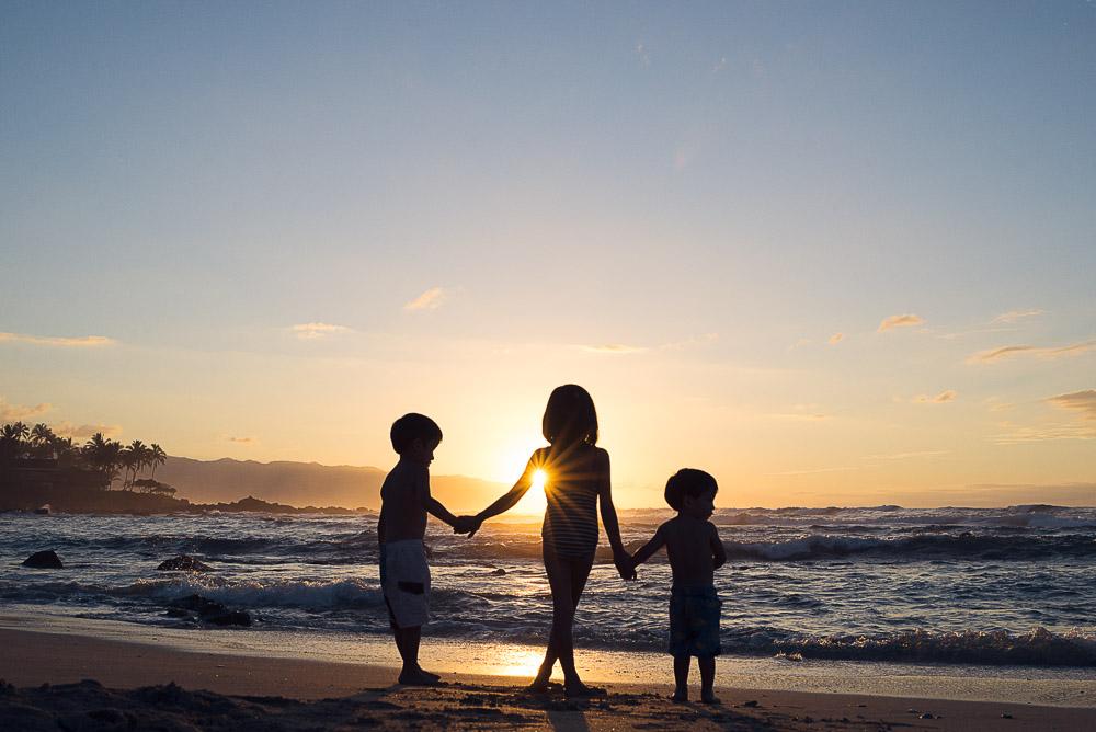 oahu sunset family