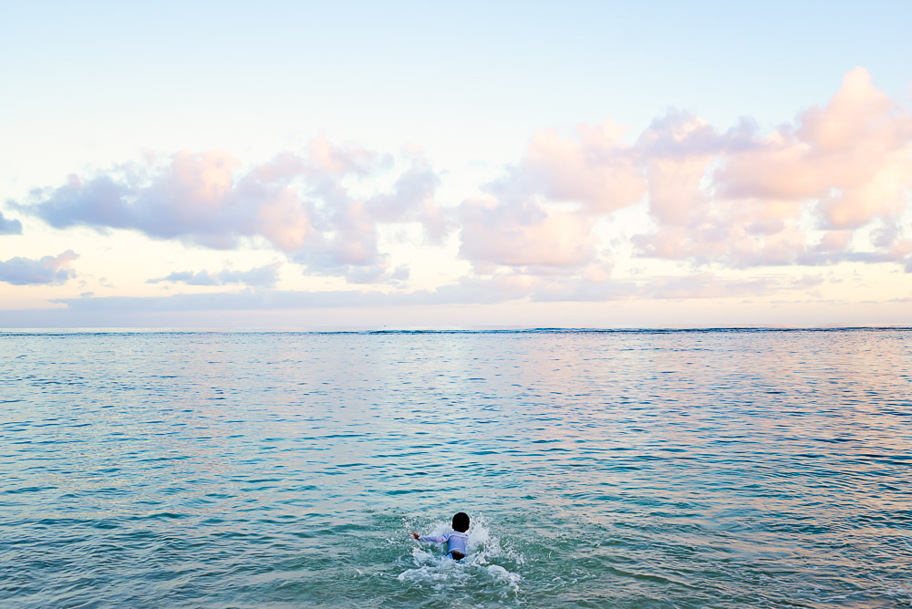 swimming oahu wildling