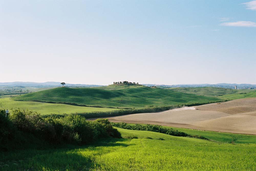 tuscany travel landscape